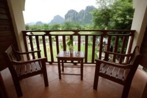 balcony_lg